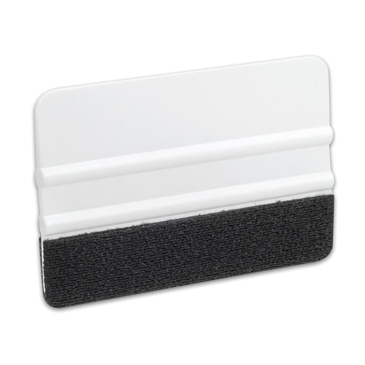 Mit dem praktischen plottiX Rakel können Sie einfach reste von Ihren Schneidematten entfernen. Außerdem können Sie Material besser auf Ihre Schneidematte bringen oder Designs per Transferfolie auf Ihre Oberfläche rakeln.